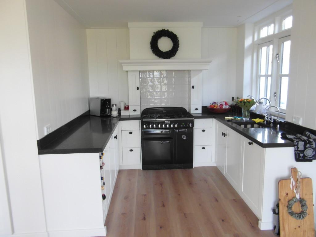 Maatwerk-keuken-hout-De-Pilaer-Schagen-1-1024x768