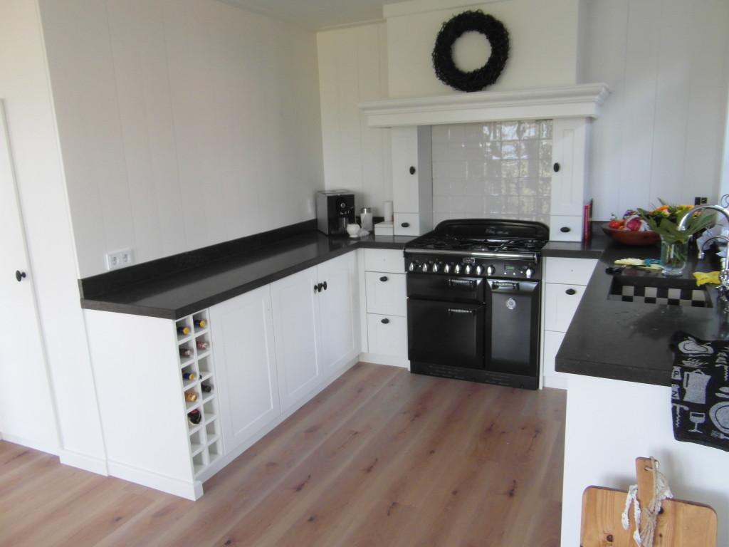 Maatwerk-keuken-hout-De-Pilaer-Schagen-2-1024x768